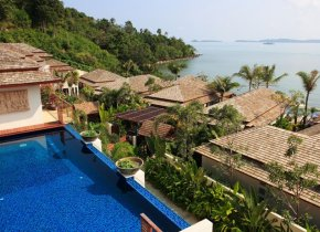 4-Bed Bophut Seaview with Beach Access