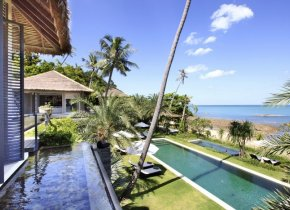Luxury Chaweng 6-Bed Seaview Next to Beach