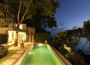 Luxury 2-Bedroom Seaview Villa w/ Beach Access, Taling Ngam