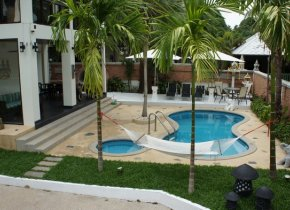 4-Bed Pool Villa, Bangrak Long Term Let