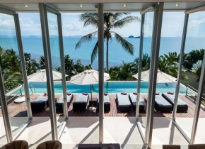 Luxury Contemporary 4-Bed Seaview Villa w/ Beach Access