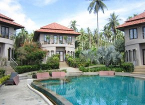 Bangrak 3-Bed Villa with Shared Pool, Long Term Let