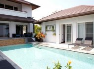 3-Bedroom Seaview Villa Near Cheong Mon Beach