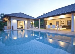 4-Bedroom Seaview Villa Near Cheong Mon Beach