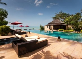 Idyllic 5-Bedroom Luxury Beach Villa, Thong Krut