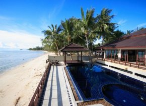 Luxury 3-Bed Beachfront Villa, Lipa Noi