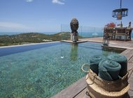 Luxury 3-Bed Cheong Mon Seaview Villa
