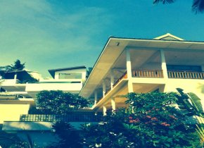 Spacious 9 room villa with private pool for sale in Koh Samui