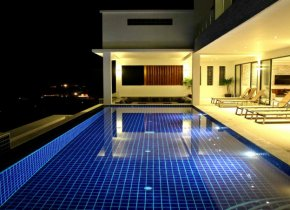 Five bedroom villa with stunning ocean views for rent in Samui