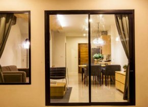 2-bedroom Townhomes in Bangrak