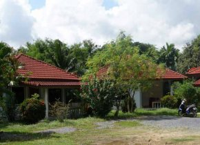 RESORT IN BANGRAK FOR SALE