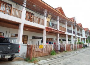 2 STOREY TOWNHOMES FOR SALE IN CHAWENG