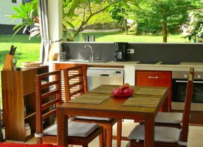 3 BEDROOM VILLA WITH A PANORAMIC HILL VIEW FOR SALE IN TALING NGAM
