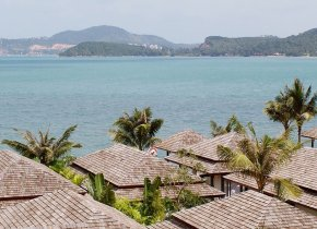 3-Bedroom Bophut Seaview Villa with Beach Access